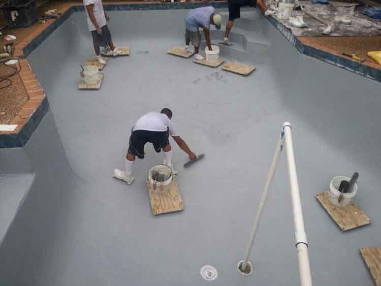 Pool bottom refinishing